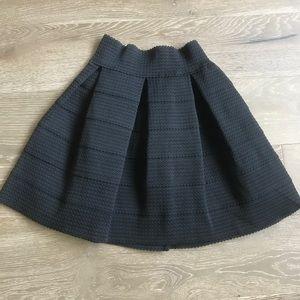 Black Aline Mini Skirt Sz Small